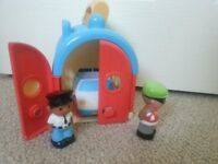 ELC Happyland Carry Along Police Station Robber Burglar