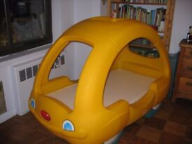little tikes Snoozer Child Toddler Car Bed