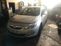 Vauxhall Astra 1.7cdti estate 2011 speares or repair breaking or full car