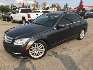2011 Mercedes-Benz C-Class C250 4MATIC / SUNROOF / ONLY 89KM