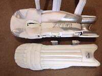 SALIX Cricket Pads - Small mens (LH)