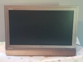 Sony tv 22 inch built in free view and hdmi