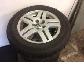 Vw/audi/seat/skoda 5x100 alloy wheels complete set