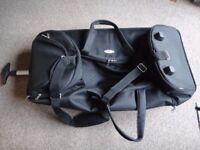 Samsonite wheeled duffle trolley case with 2 wheels