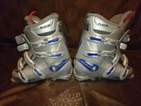 Head ski boots and Lange bag - size 6