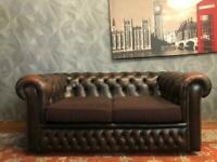 AMAZING VICTORIAN STYLE CHESTERFIELD STUDDED CHESTNUT BROWN REAL LEATHER 2 SEATER SOFA