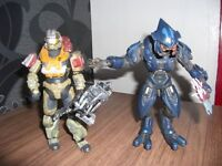 xbox 360 games and figurines