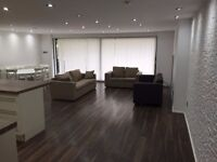 Stylish 4 bedroom house available in Enfield... Part DSS Welcome...