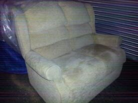 HSL SOFA N 2 MATCHING CHAIRS