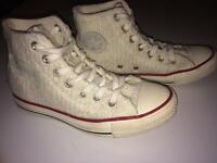 Converse all stars knitted boots size 4 as new