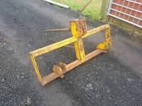 Tractor three point linkage pro driven Grays bale spike