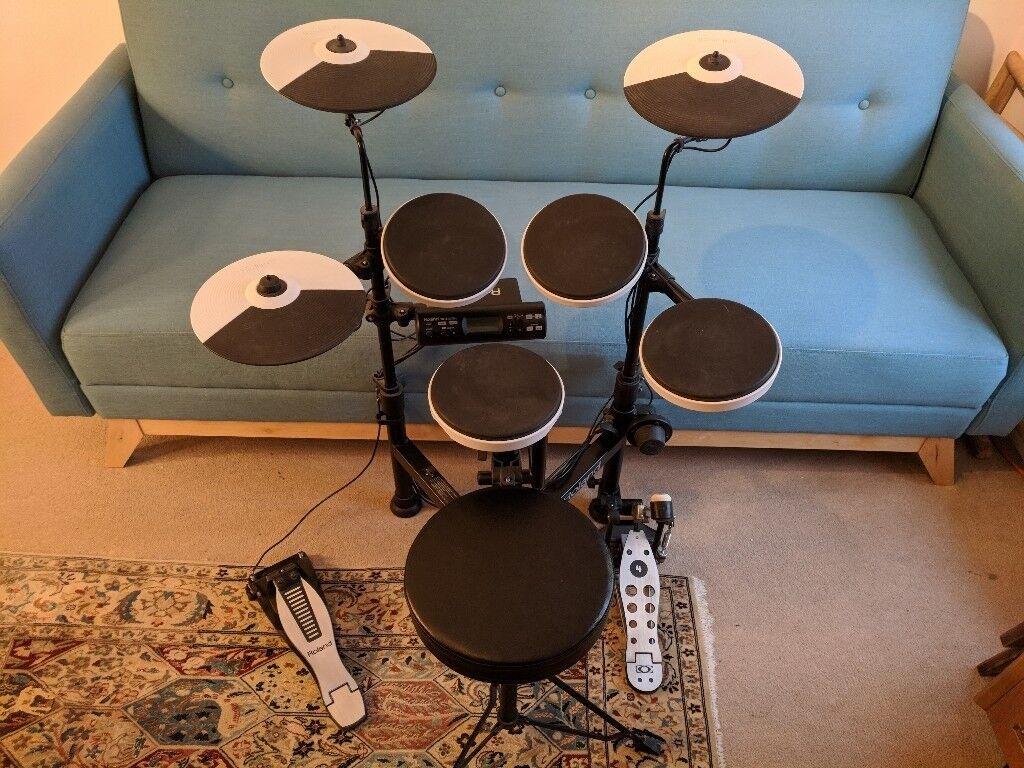roland td 4kp e drum set drum kit portable as good as new in mile end london gumtree. Black Bedroom Furniture Sets. Home Design Ideas