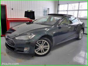 2014 Tesla Model S85  KWH, Supercharger Gratuit a vie,Suspension