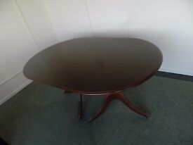 Used mahogeny table ONLY £50