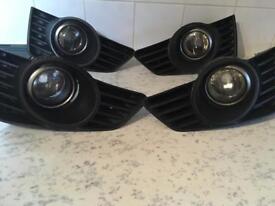 Vauxhall tigra fog lights. May fit corsa Astra vectra