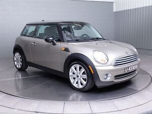 2008 MINI Cooper Classic A/C MAGS TOIT PANORAMIQUE CUIR West Island Greater Montréal image 3