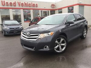 2016 Toyota Venza - OFF LEASE / Back Up Camera /