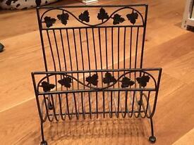 Metal Leaf Desing Paper rack