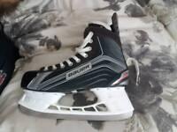 Bauer X200 Ice Skates Size 9