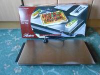 Hostess cordless hot tray