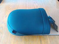 Triumph Rocket single pillion seat excellent condition colour black.