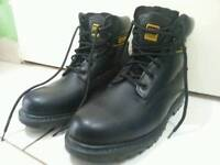 Catepilar cat boots leather very strong in perfect condition worn once! Size 10 Can deliver or post!