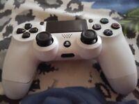 PS4 DualShock 4 V2 Wireless Controller - Glacier White £30