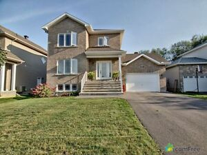 $394,999 - 2 Storey for sale in Russell