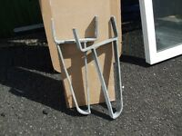 HEAVY DUTY GALVANISED LADDER BRACKETS.