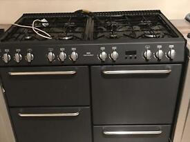 8 gas burner with storage with 2 oven 1 grill