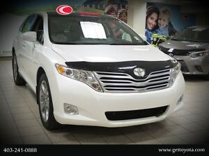 2012 Toyota Venza V6 AWD Touring with Navigation  JBL Package