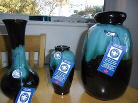Collectable Blue Mountain Canadian Pottery, 3 vases