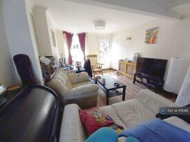 2 bedroom house in Vansittart Road, London, E7 (2 bed) (#1176416)