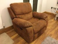 3 piece set of manual reclining Settees And chair