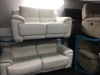 New/Ex Display LazyBoy Fairford Electric Leather White/Cream 3 + 2 Seater Recliner Sofas