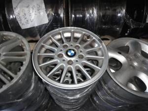 4 MAGS ORIGINAL BMW 15 POUCES 5-12O A VENDRE