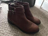 Brown TU ankle boots