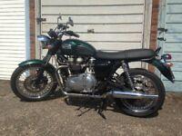 Triumph Bonneville 2005, £3100