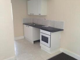 LARGE 1 BED SELF CONTAINED FLAT TO RENT ON STRATFORD ROAD