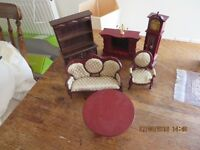 ADULT DOLLS HOUSE COLLECTORS FURNITURE - USED - £