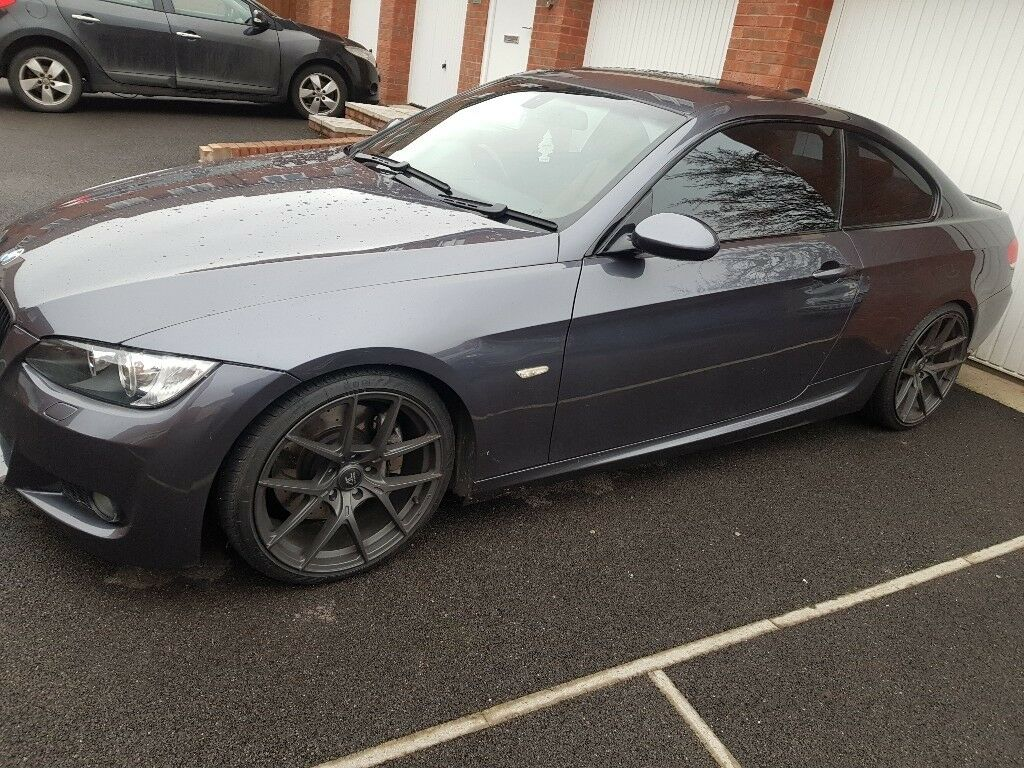 BMW E92 335D grey/red leather