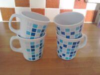 Melamine Mugs, 4 , Blue/White