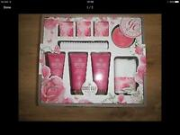 Grace Cole a gift set brand new