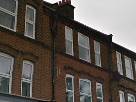 LARGE 4 BEDROOM FLAT FOR SALE IN SOUTH WEST LONDON