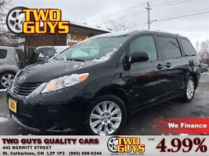2015 Toyota Sienna LE 7 Passenger AWD NICE LOCAL TRADE IN