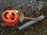 FLYMO EASI-TRIM ELECTRIC HEDGE TRIMMER - EHT 450S