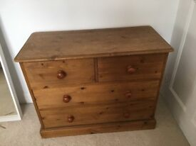 Solid pine chest of drawers in excellent condition