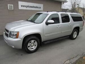 2010 Chevrolet Suburban LT EXTENDED - HEATED LEATHER - SUNROOF -