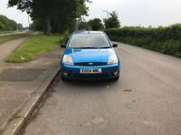 Ford fiesta flame 1.4, 5 door hatchback for sale, new MOT, low mileage, drives perfect.