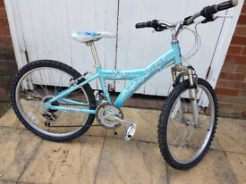 RALEIGH DIVA Girls Mountain Bike